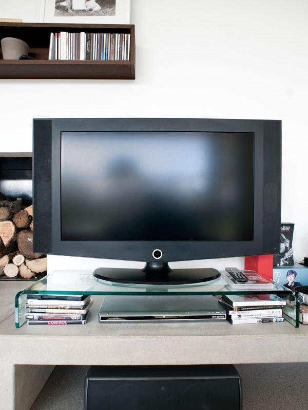 Cs5076 base base porta tv calligaris in vetro curvato - Calligaris porta tv ...