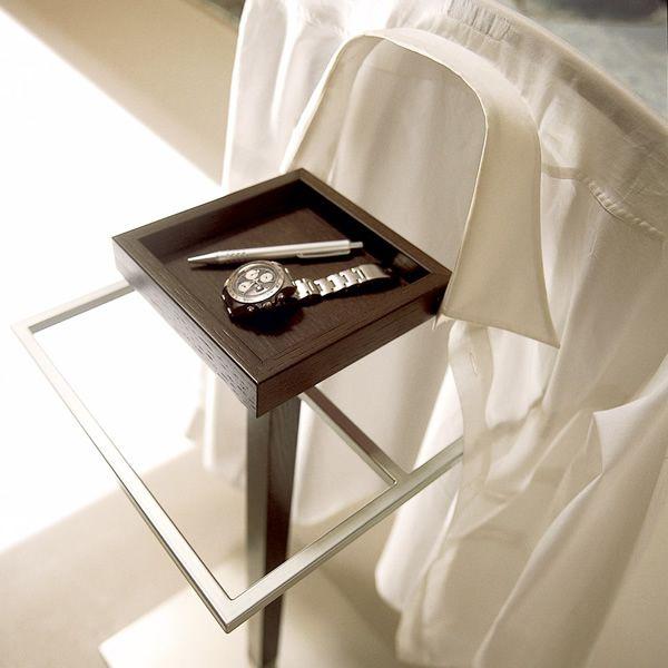 stummer diener von calligaris aus holz und metall cs570. Black Bedroom Furniture Sets. Home Design Ideas