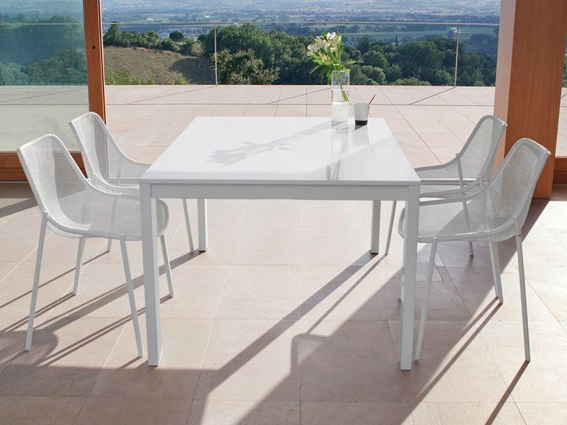 Round e tavolo emu in metallo piano rettangolare for Tavoli in metallo per giardino