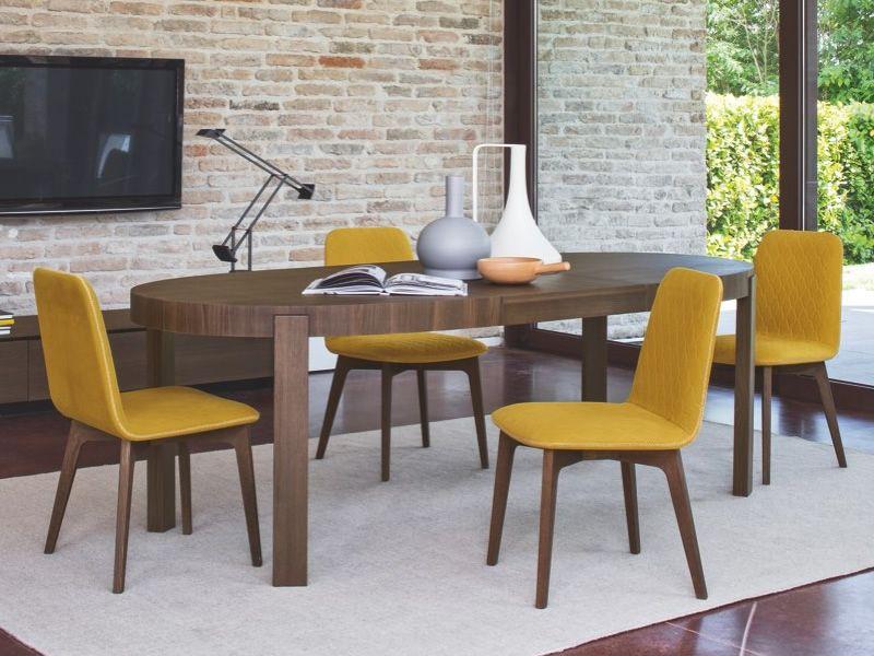 Cs1472 sami sedia calligaris in legno imbottita in for Sedie moderne per tavolo in legno