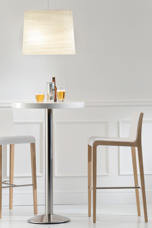 Tonda 4150 per bar e ristoranti basamento in metallo per for Tavolo alto da bar