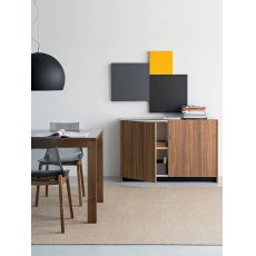 100 | Mobile - credenza in legno, top in vetro, in diversi colori, 122x51 cm