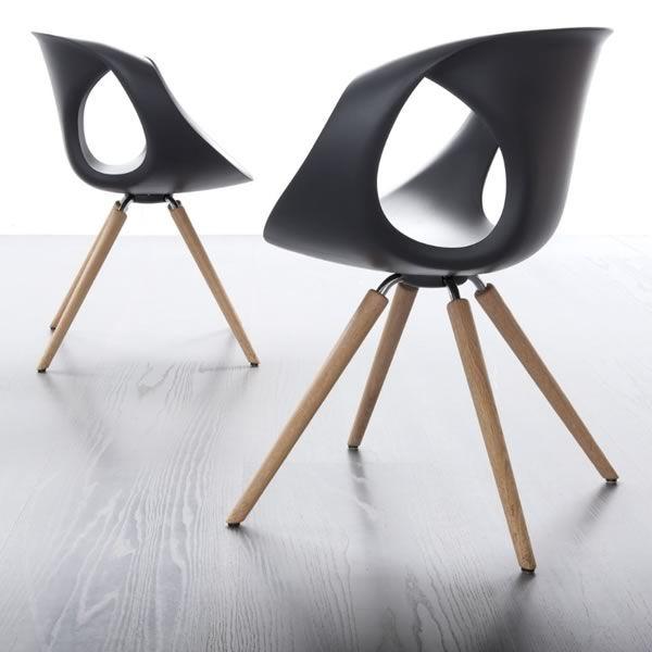 Design stuhl von tonon aus holz und polyurethan for Stuhl design holz