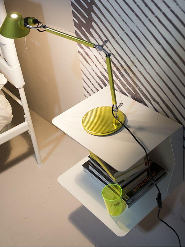 queen h ngender nachttisch aus eisen mit 2 ebenen verschiedene farben sediarreda. Black Bedroom Furniture Sets. Home Design Ideas