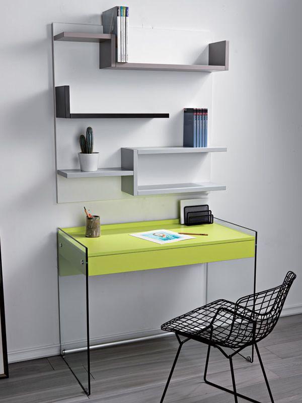 kombination mit schreibtisch aus glas und b cherregal aus. Black Bedroom Furniture Sets. Home Design Ideas
