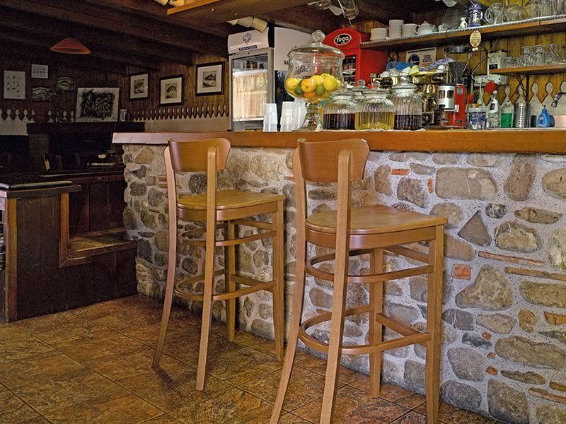 Sp10 taburete r stico de madera de haya altura asiento - Taburetes rusticos ...
