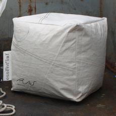 Vela Pouf | Eco puffo design realizzato con vele riciclate, lavabile