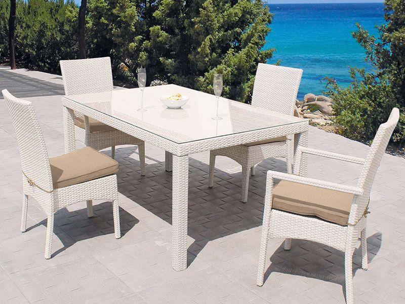 301 moved permanently - Tavolo con sedie diverse ...