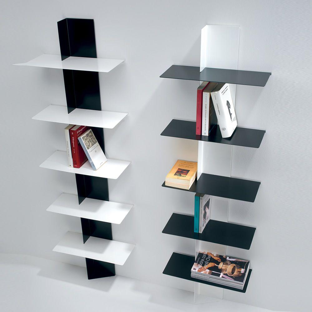 Lift  Libreria da parete con struttura in nero o bianco e ripiani in ...