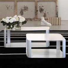 Offset2 | Tavolo di design in metallo, disponibile in diversi colori e misure