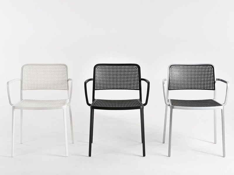 Audrey design kartell chair in aluminum and plastic for Kartell plastic chair