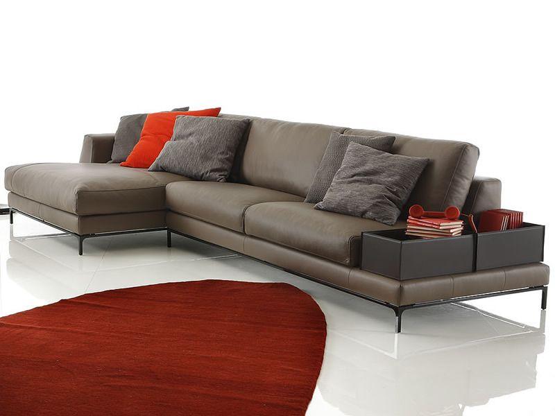 divano due posti con chaise longue idee per il design della casa. Black Bedroom Furniture Sets. Home Design Ideas