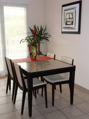 S jour moderne sediarreda - Table sejour moderne ...