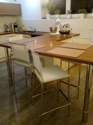hocker aus metall und textplast ideal f r die k che. Black Bedroom Furniture Sets. Home Design Ideas