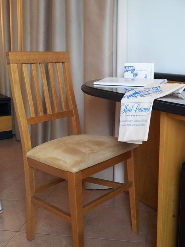 Sedie da camera: il comfort anche in Hotel - Sediarreda