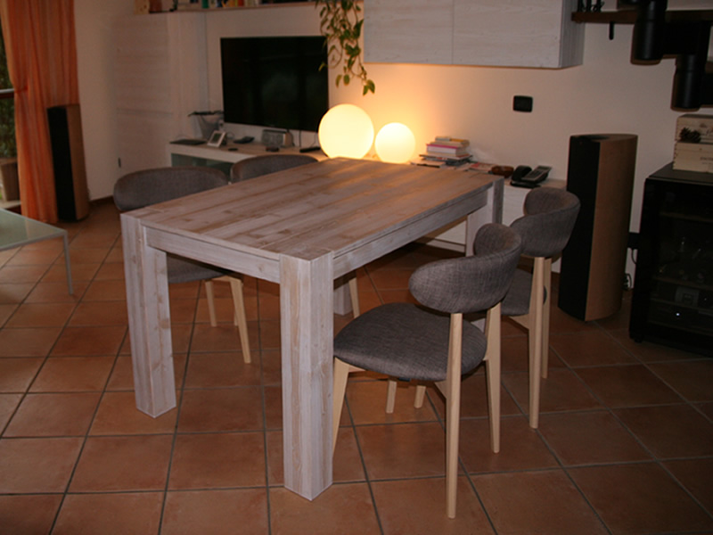 Sedie In Legno Moderne : Sedie in legno moderne: roberto da gavirate varese italia sediarreda