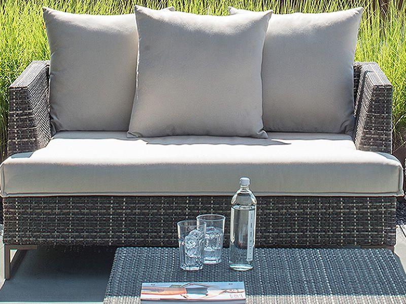 Luxor divano emu in metallo e rattan sintetico 2 o 3 for Divano rattan