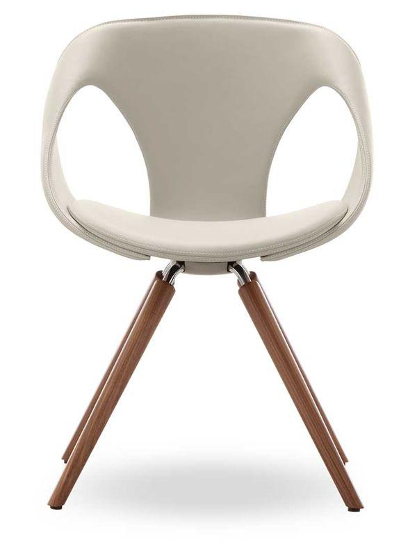 Up chair leather w sedia design di tonon in legno e for Sedia design legno