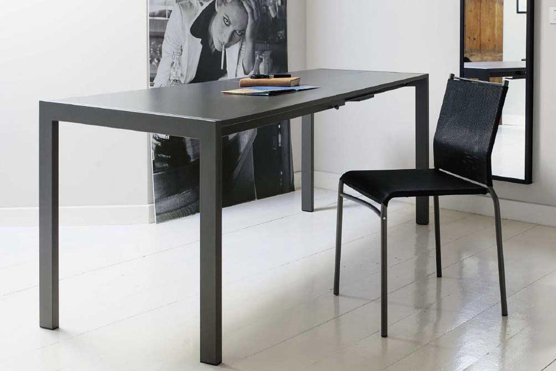 chicago table extensible carr e 80x80 cm en m tal avec plateau en verre ou en lamin. Black Bedroom Furniture Sets. Home Design Ideas