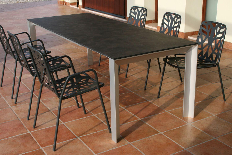 Rig71 sedia in metallo impilabile per giardino for Tavoli in metallo per giardino