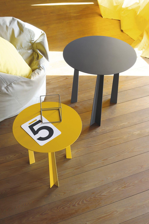 tao table basse design de bontempi casa en m tal disponible en diff rentes couleurs et. Black Bedroom Furniture Sets. Home Design Ideas