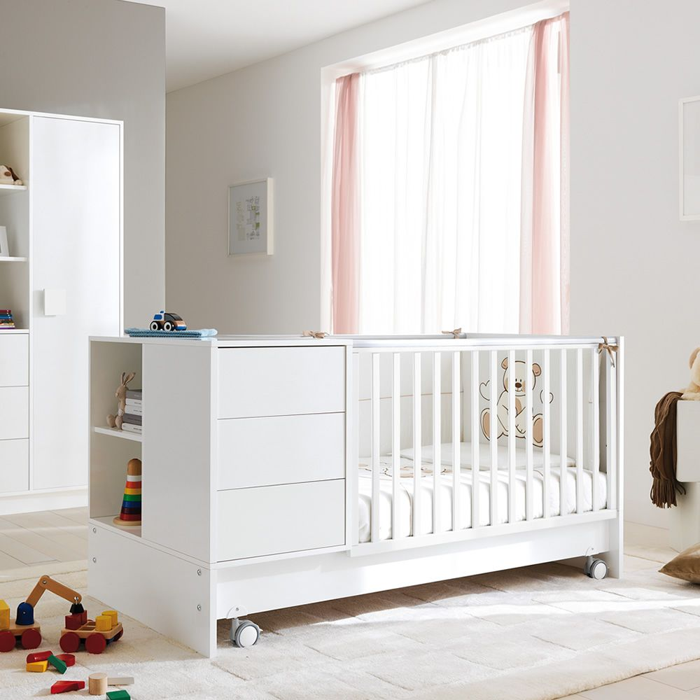 zoom wandelbares babybett pali mit schublade in verschiedenen farben verf gbar sediarreda. Black Bedroom Furniture Sets. Home Design Ideas