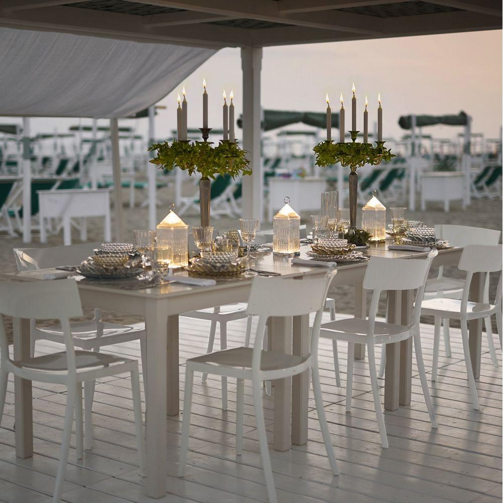 lantern lampe de table kartell en technopolym re led aussi pour jardin. Black Bedroom Furniture Sets. Home Design Ideas