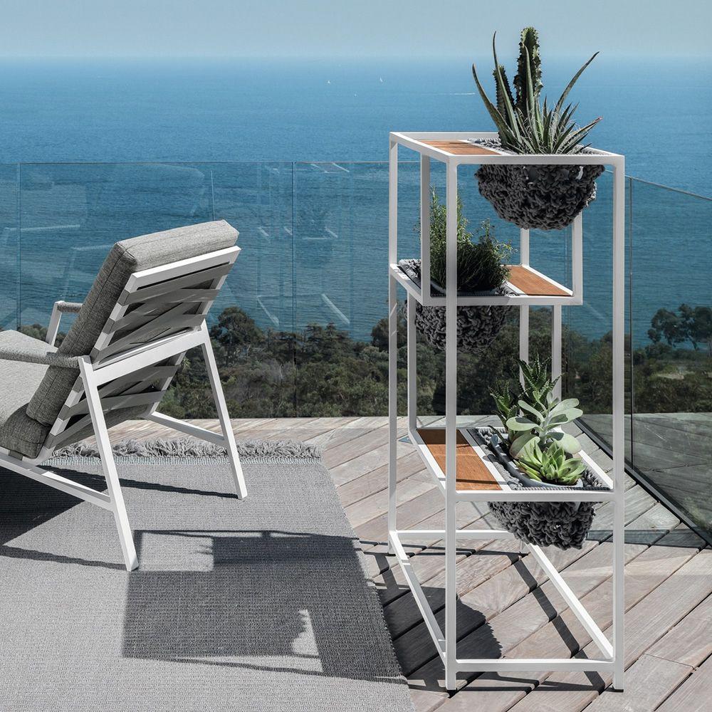 Jackie planter jardini re design en aluminium avec - Jardiniere exterieure en aluminium ...