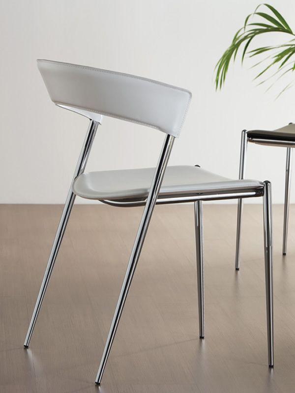 imola chaise midj en m tal et cuir en diff rentes couleurs sediarreda. Black Bedroom Furniture Sets. Home Design Ideas