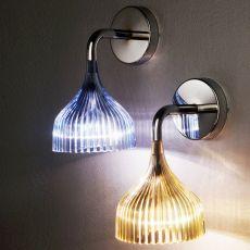 É applique - Lampada da parete Kartell in policarbonato ed acciaio, in diversi colori