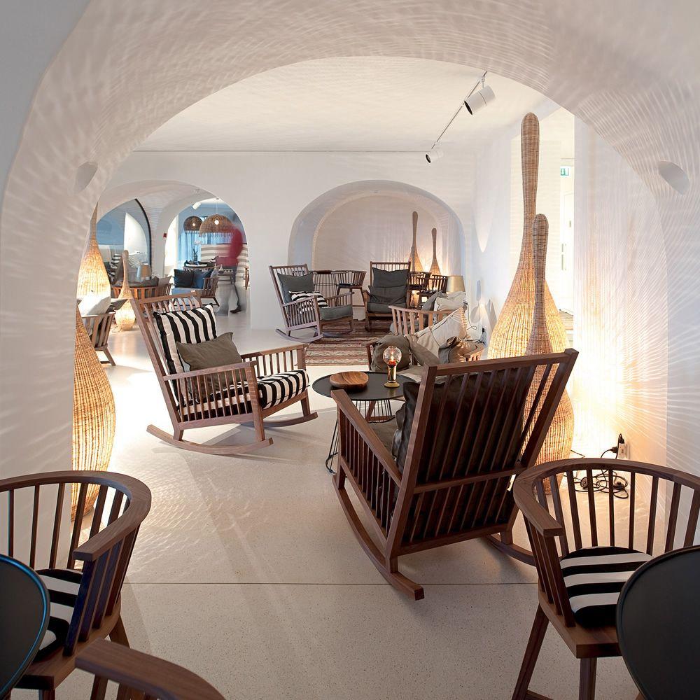 bolla lampe de sol gervasoni en rotin disponible en. Black Bedroom Furniture Sets. Home Design Ideas