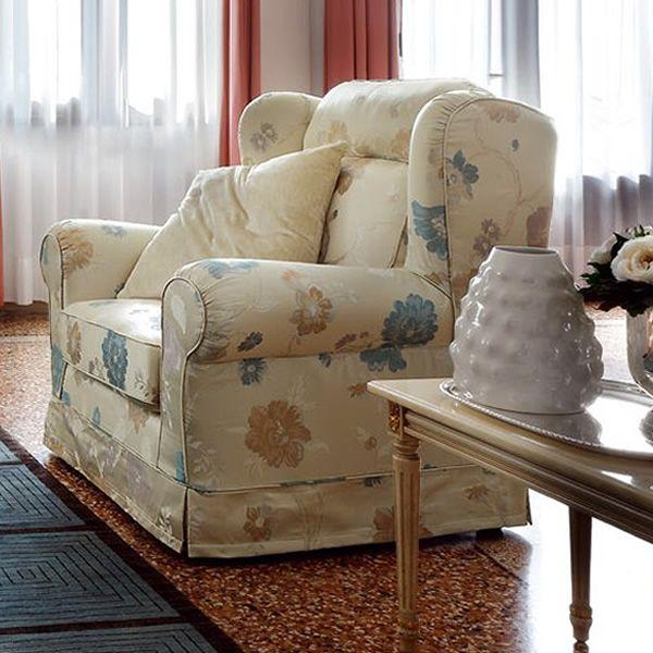 giunone armchair fauteuil classique compl tement d houssable disponible de diff rents. Black Bedroom Furniture Sets. Home Design Ideas