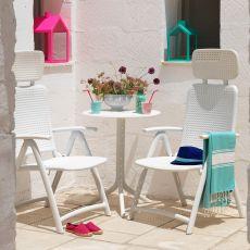 Acquamarina - Poltrona in polipropilene, pieghevole con schienale reclinabile, disponibile in diversi colori, per giardino