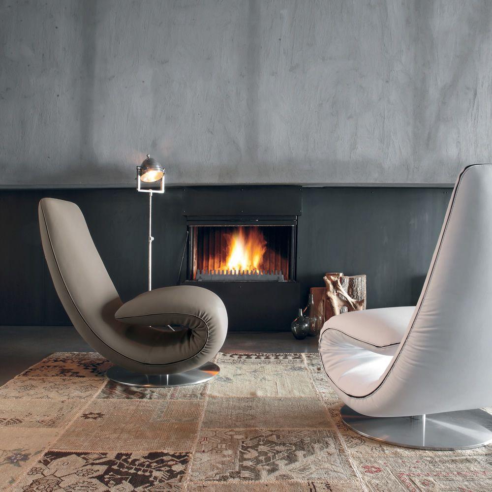 Ricciolo 7865   Poltrona-chaise longue rivestita in tessuto Orchidea grigio fango e pelle bianca