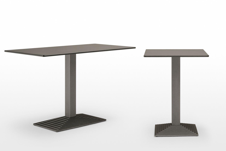 step 4620 pour bars et restaurants pi tement de table en m tal pour bar ou restaurant. Black Bedroom Furniture Sets. Home Design Ideas
