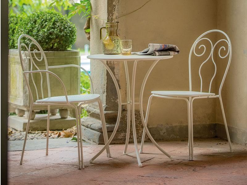 Pigalle per bar e ristoranti tavolo in metallo per for Poltroncine in ferro da esterno