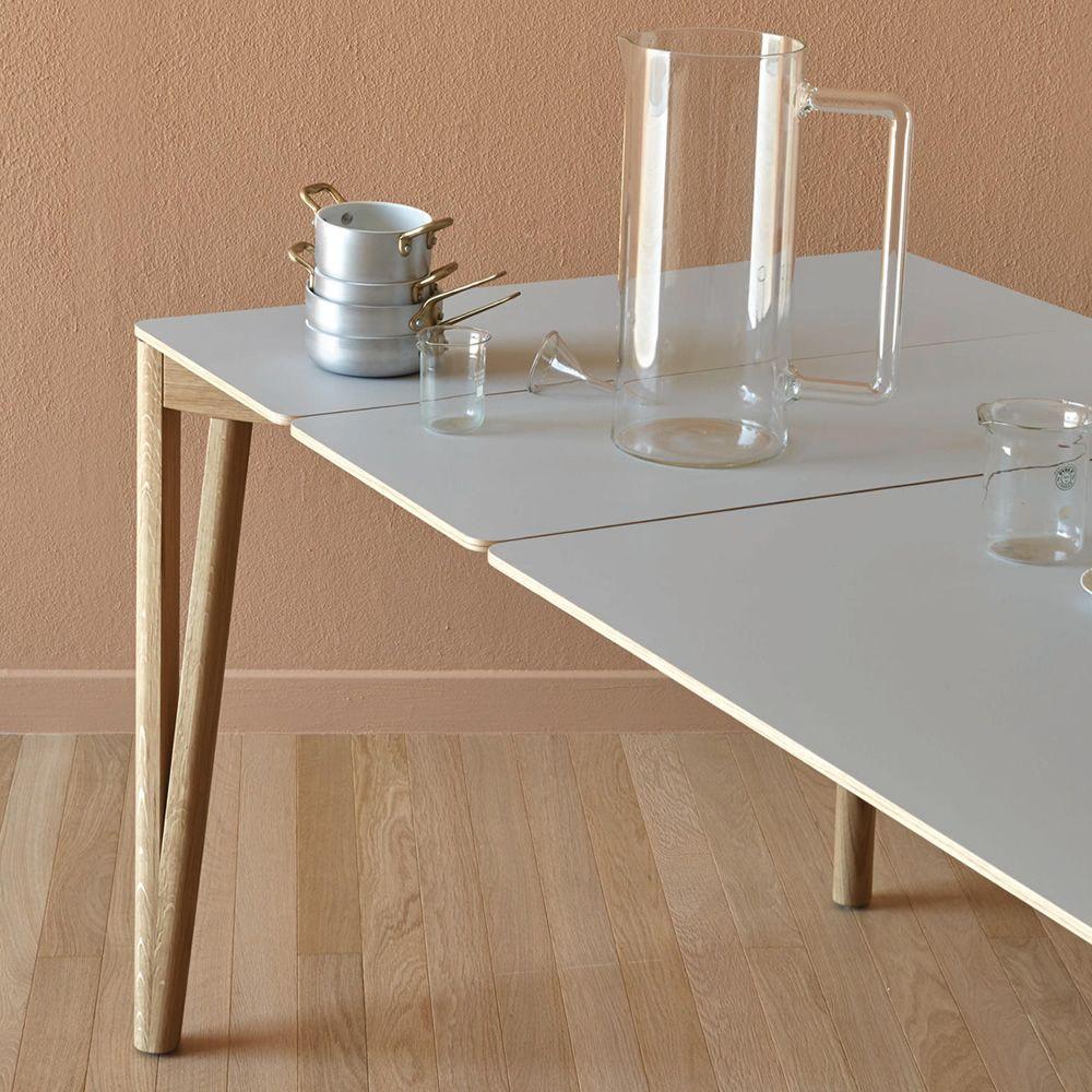 decapo lf table miniforms en bois avec plateau en fenix ntm extensible disponible en. Black Bedroom Furniture Sets. Home Design Ideas