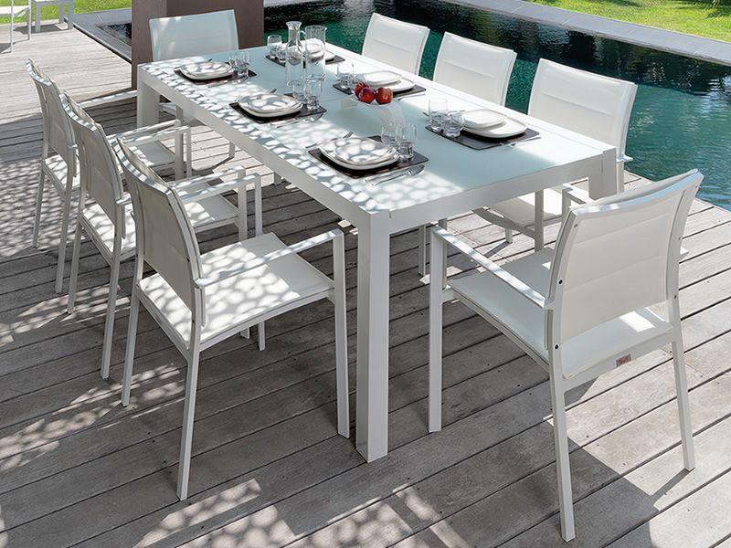 Touch t tavolo in alluminio disponibile in diverse misure anche allungabile per giardino - Tavolo con sedie diverse ...