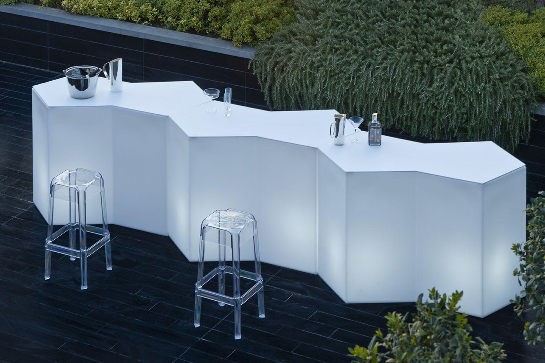 Iceberg bancone bar modulare in polietilene anche per esterno