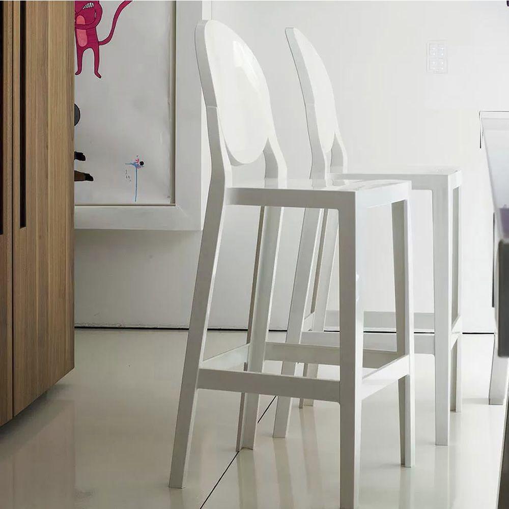 One more sgabello kartell di design in policarbonato for Sgabello bianco cucina