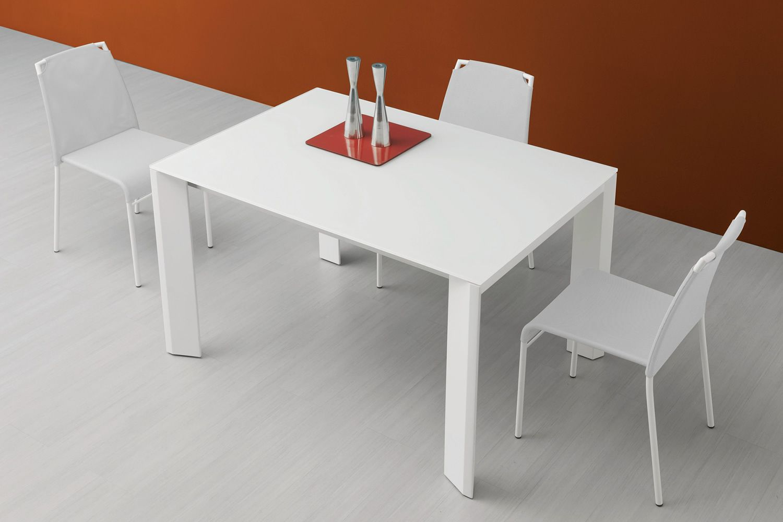 Neos 130 tavolo domitalia in metallo con piano in vetro for Tavolo cucina bianco allungabile
