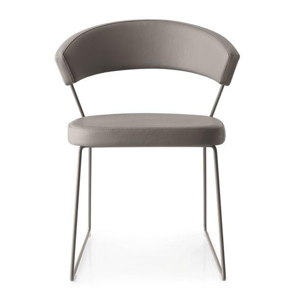 cb1022 lh1 new york f r bars und restaurants barstuhl aus metall mit bezug aus leder. Black Bedroom Furniture Sets. Home Design Ideas