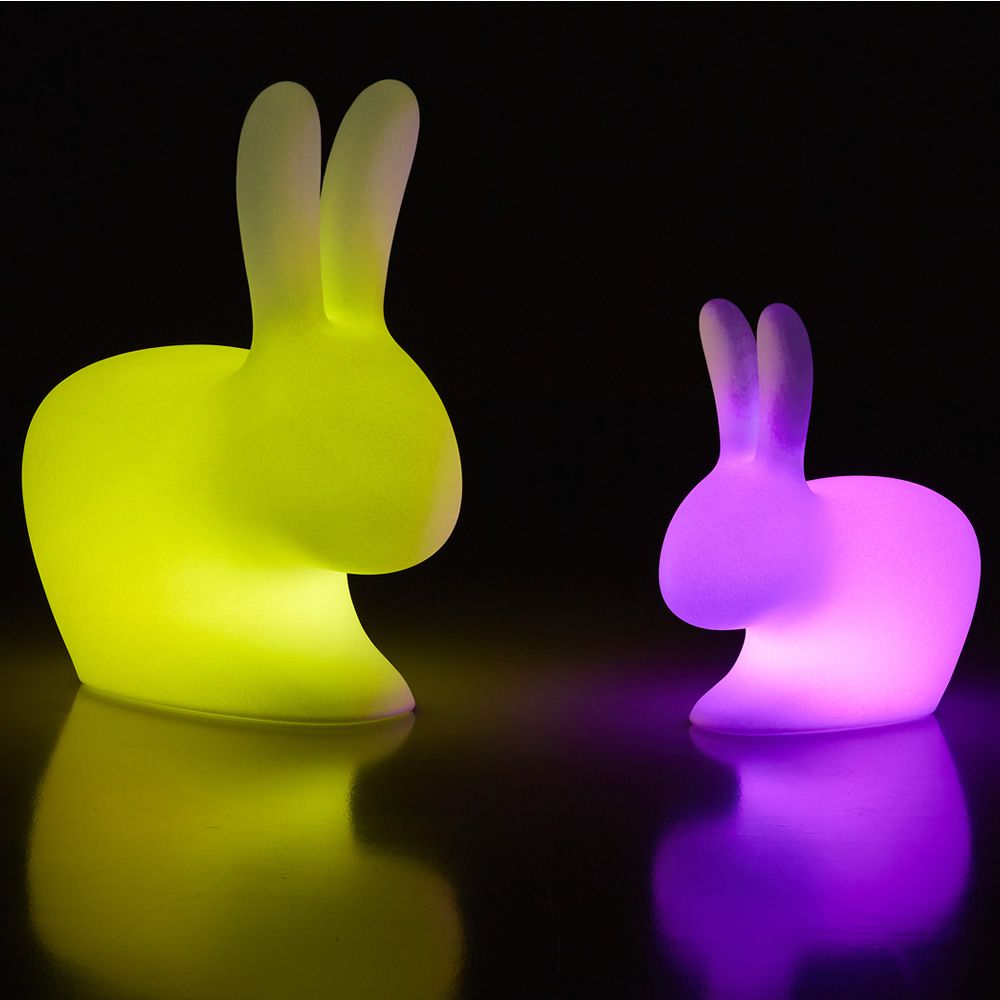 rabbit lamp outdoor led qeeboo tischlampe in form einer taschenlampe aus polyethylen mit rgb. Black Bedroom Furniture Sets. Home Design Ideas