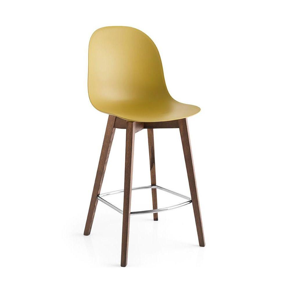cb1672 academy w sgabello connubia calligaris in legno con seduta in polipropilene altezza. Black Bedroom Furniture Sets. Home Design Ideas