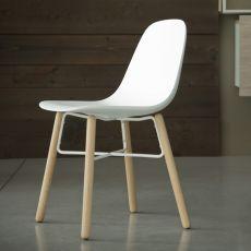 Babah Wood - Sedia Chairs&More, in legno e poliuretano, disponibile in diversi colori
