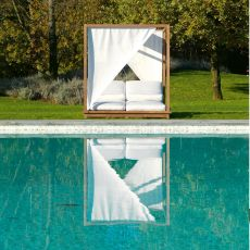 Exit Sunbed.lux - Tumbona matrimonial by Colico para jardín con dosel y camas reclinables, en teca reciclada, con colchones acolchados y tapizados en tela disponible en distintos colores