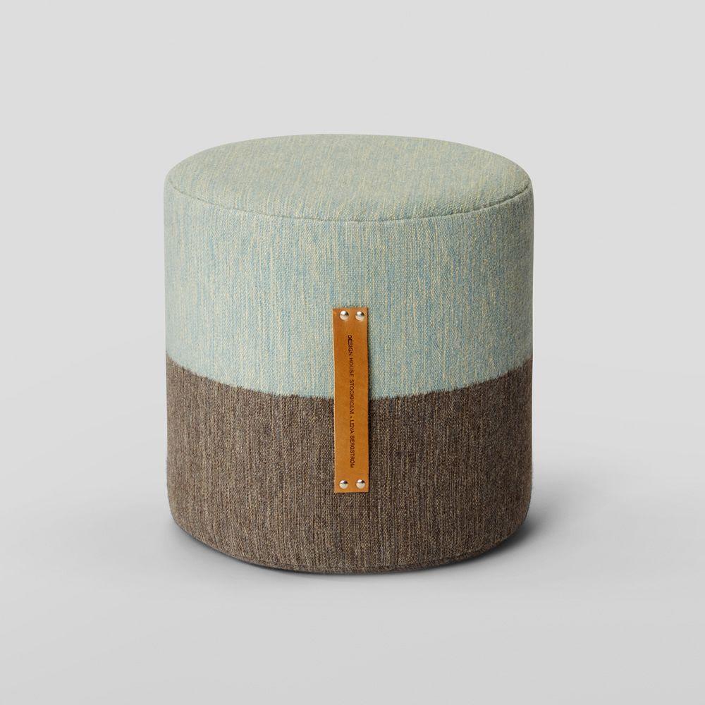 fields p gepolsterter pouf mit wolle bezogen in zwei verschiedenen farben verf gbar sediarreda. Black Bedroom Furniture Sets. Home Design Ideas