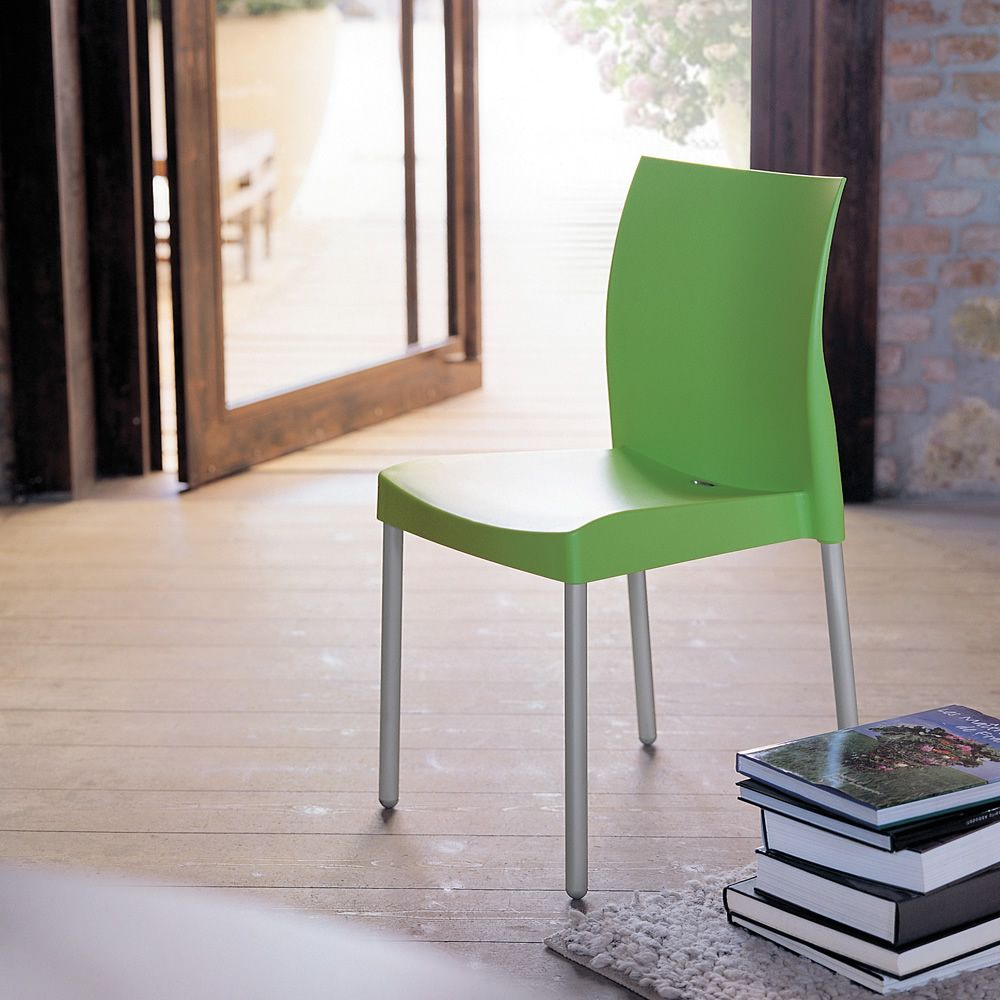 Ice 800: Pedrali chair in polypropylene and aluminium, stackable ...