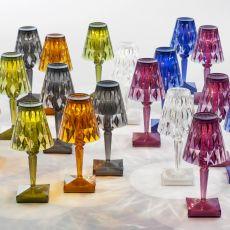 Battery - Lampe de table Kartell, en technopolymère, rechargeable, LED, disponible en différentes couleurs, aussi pour jardin