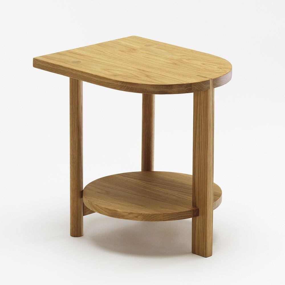 hardy beistelltisch aus eichenholz in verschiedenen farben verf gbar sediarreda. Black Bedroom Furniture Sets. Home Design Ideas